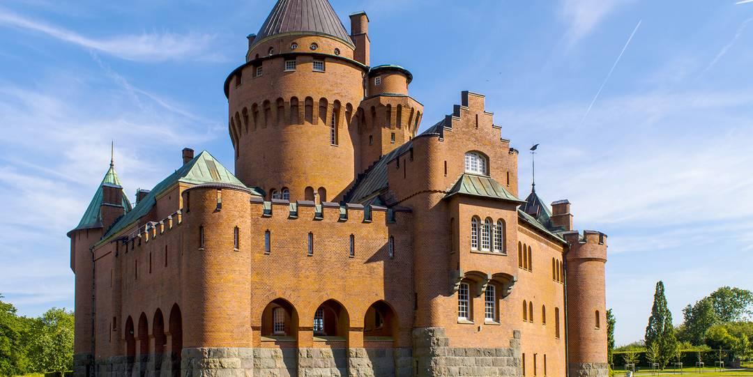 Slottsweekend   herrgårdsweekend - Bo på slott   Herrgårdar 10c8f3efd4741